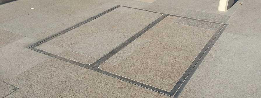 Kents Paving manholes